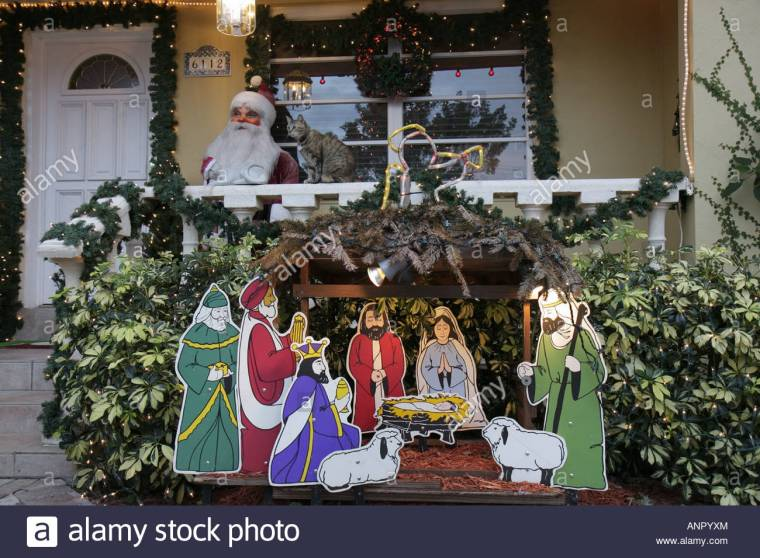 florida-west-miami-christmas-winter-holiday-decoration-xmas-manger-anpyxm